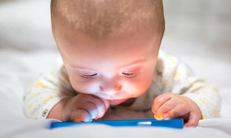Studio Ue: i cellulari fanno male ai bambini